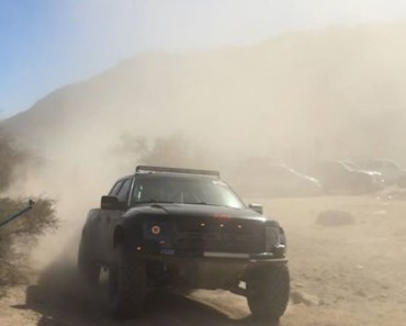 Flying in the dust running smooth