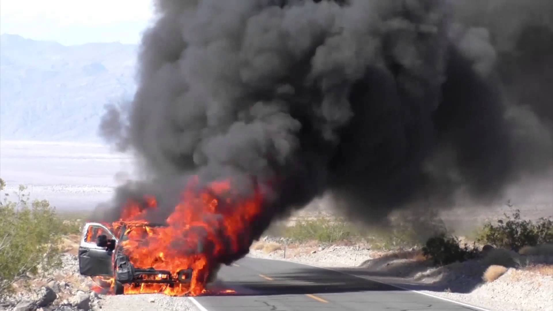 2016 Ford Super Duty prototype on fire